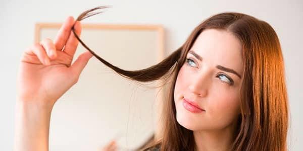 Выпадают волосы на голове у женщин: почему, что делать