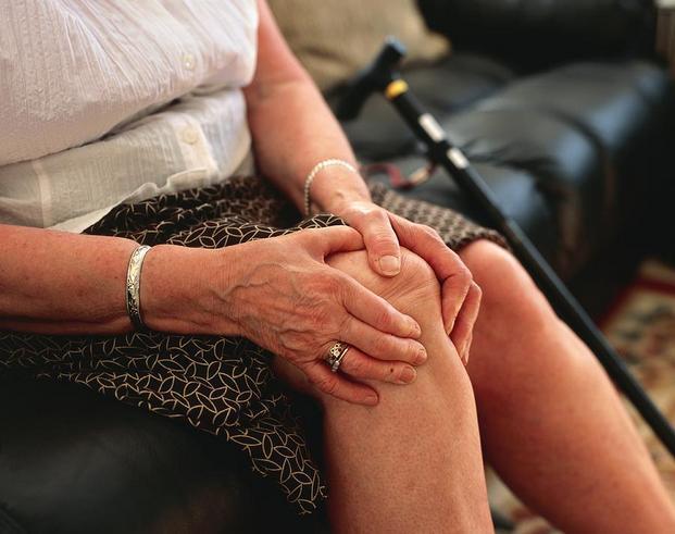 Гонартроз коленного сустава 2 степени: лечение, что это такое
