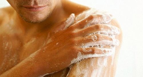 Грибок на коже тела: причины заражения и признаки, виды заболевания и особенности терапии, способы диагностики и прогноз