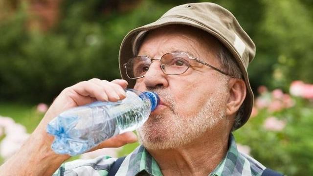 Диета при запорах: у женщин, пожилых людей, хроническом