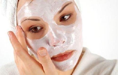 Увлажнение кожи лица в домашних условиях: после 50 лет, витамины