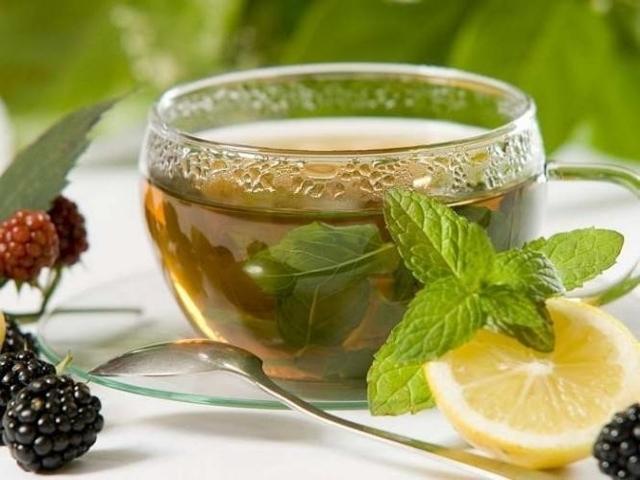 Чай с мелиссой польза