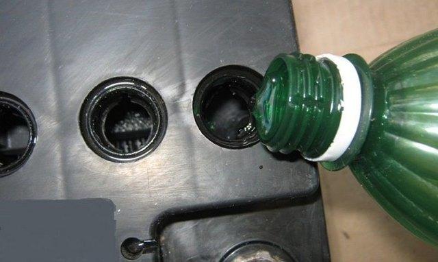 Можно ли пить дистиллированную воду: из автомагазина, для аккумулятора