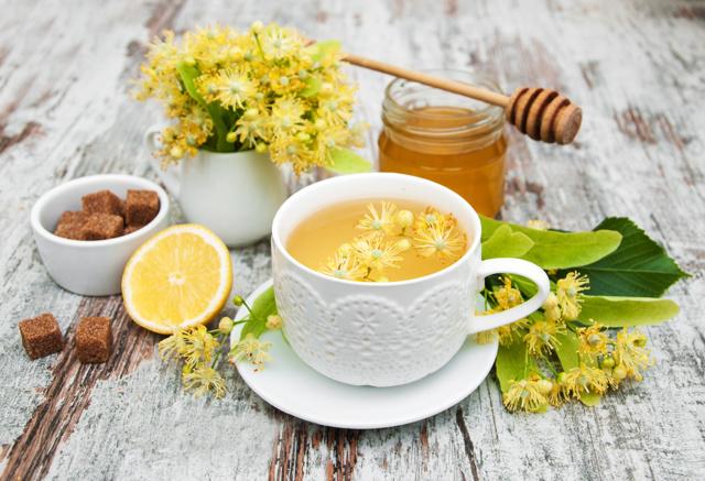 Липовый чай: полезные свойства и противопоказания, польза и вред