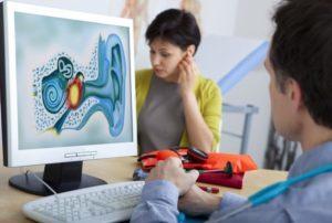 Сильный шум в ушах: и голове, причины и лечение, что делать