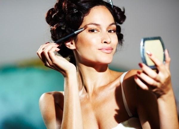 Сыпь на подбородке у женщин: причины, высыпания, лечение