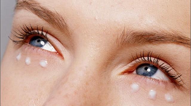 Как избавиться от морщин под глазами в домашних условиях: маска