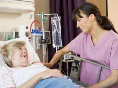Недержание мочи у женщин после 50 лет: лечение, причины