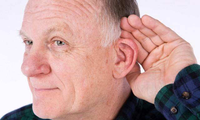 Ухо не слышит, не болит: после отита, что делать, пропал слух