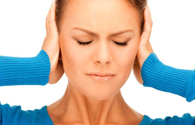 Шум в правом ухе: без боли, в чем причина, лечение в домашних условиях