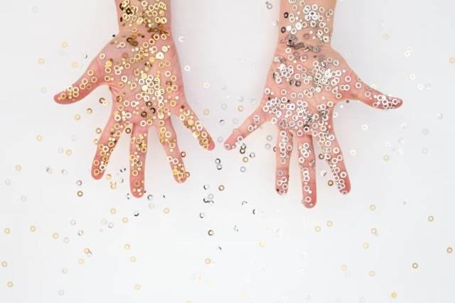 Пигментные пятна на руках: причины и лечение, как удалить