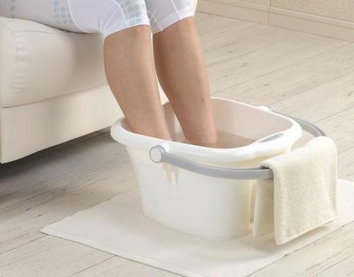 Сухая мозоль на подошве стопы: ноги, как вылечить, лечение